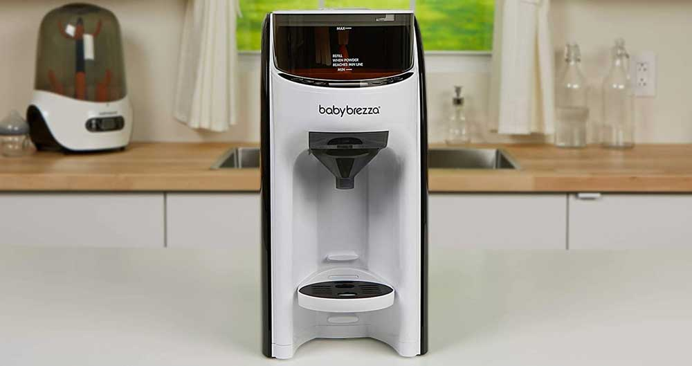 Baby Brezza Formula Pro Advanced baby bottle maker