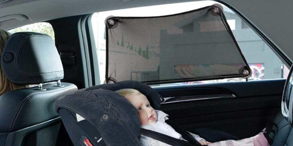 Dreambaby Stretch-To-Fit Adjustable Baby Car Shade